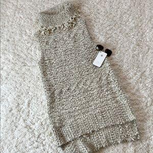 Umgee Cowl Neck Sleeveless Tunic Sweater